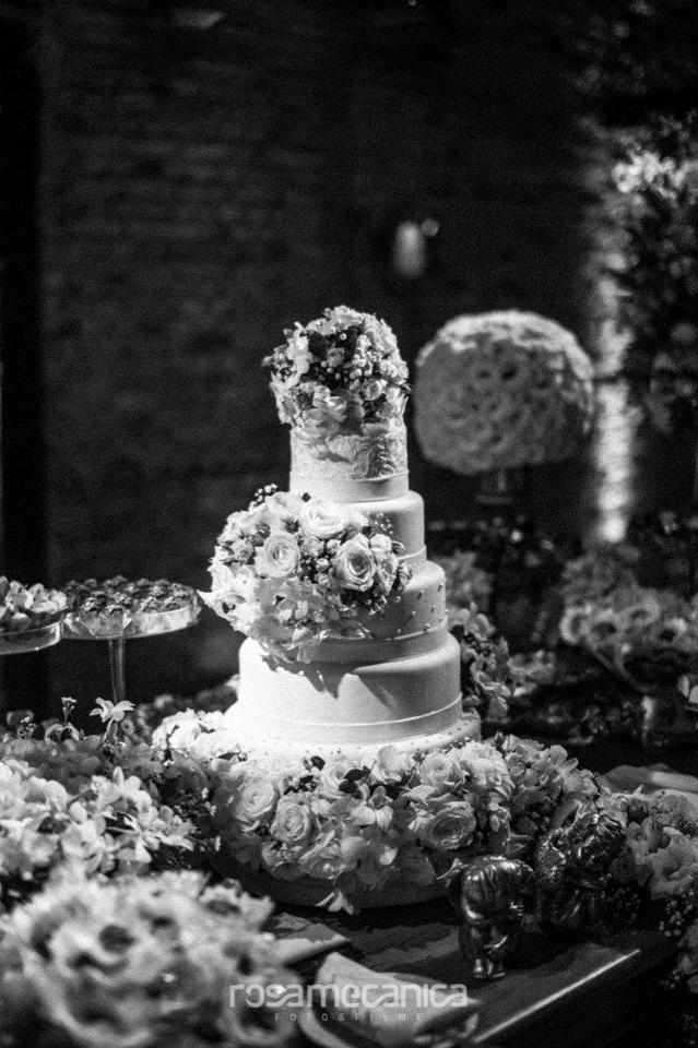 Topo do bolo com flores